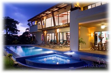 Photo courtesy of http://www.vrbo.com/320777#photos